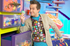 mister maker cbeebies arts crafts